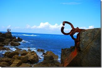 Sea sculptures San Sebastian, Spain
