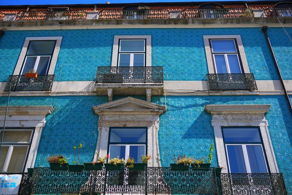 Colourful Streets Of Lisbon A Photo Walk Nic Freeman