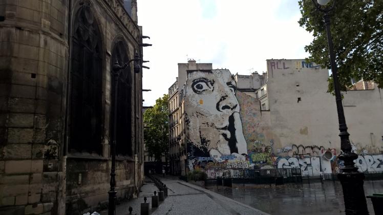 Street art Centre Pompidou Paris